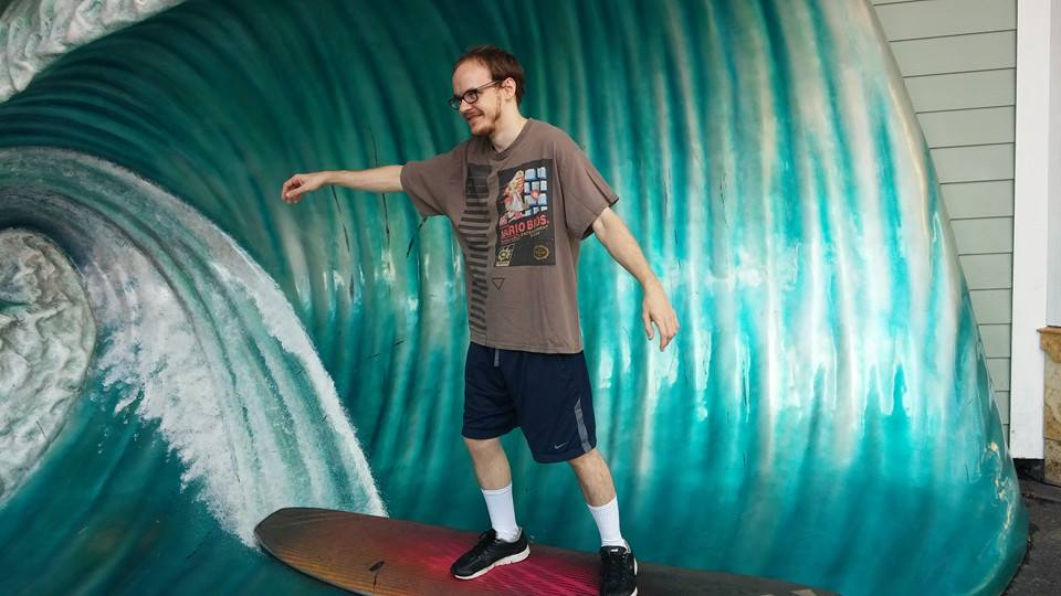 Mew2king Surfing